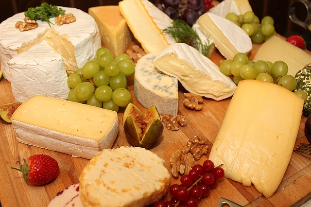 cheese to eat and avoid during pregnancy